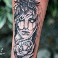 галерея-реалистичный-черно-белый-портрет-тату